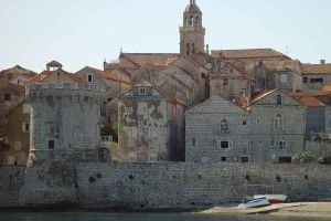 Korcula_panorama_village_01