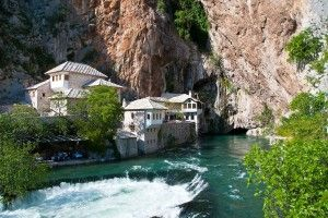 Bosnie-bemextours-Blagaj--Wikipedia-by-Smooth_O