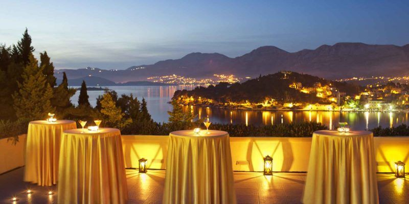Cavtat-hôtel_Croatia-terrasse-nuit