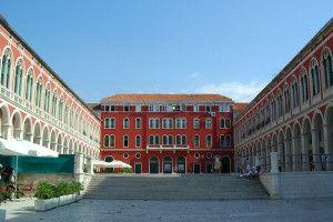 Split-patrimoine-Republike-01