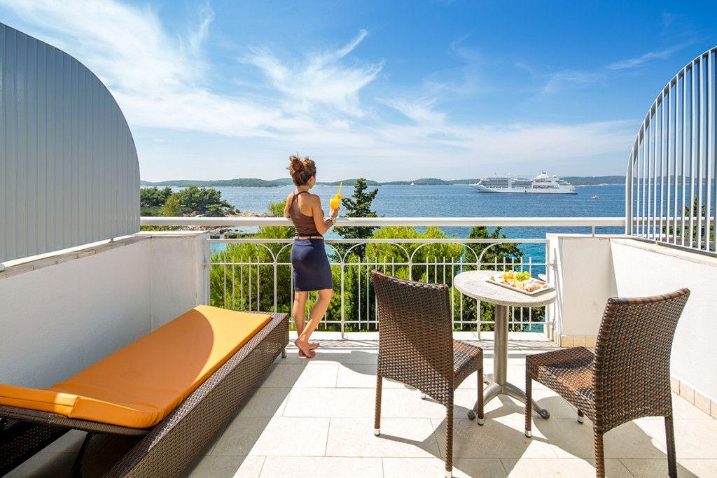 voyage sur mesure croatie h tel de luxe hvar au calme. Black Bedroom Furniture Sets. Home Design Ideas
