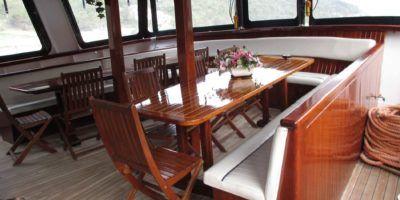 croatie-yacht-Eden-salon
