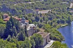 Monastère Tvrdos en Bosnie