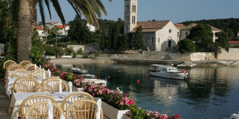 Hôtel Hvar sur le port